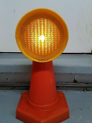 Road Traffic Cone Skip  Amber Warning Lamp Light