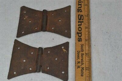 hinges early butterfly pair primitive hand made cupboard forged antique 19th c