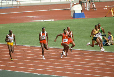 1988 SEOUL OLYMPICS PHOTO Carl Lewis Of The United States 3