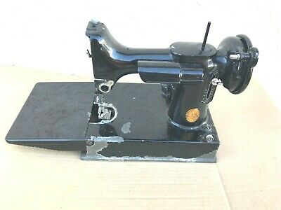 Singer Featherweight Sewing Machine Body Model 221 For Parts