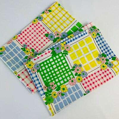 PAIR Vtg Standard Pillowcases Floral Gingham Pink Green Blue Cannon Monticello