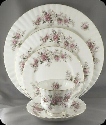Royal Albert Lavender Rose 5 Piece Place Setting