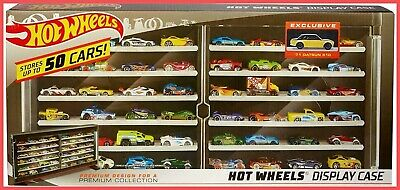 Hot Wheels Premium Collector Case with '71 Datson 510 50-Vehicle Display CHOP