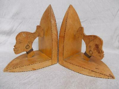 1018 / Pair Of Early To Mid 20Th Century African Style Wooden Bookends.