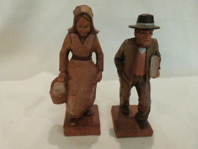 ANTIQUE VINTAGE Hand Carved Wood Figures ITALY Dutch / Amish Man Woman 6.25""