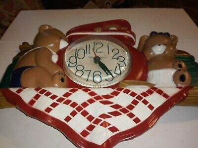 Burwood Plastic Working Clock 3 Bears Honeypot