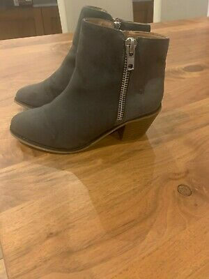 River Island grey girls boots size 3