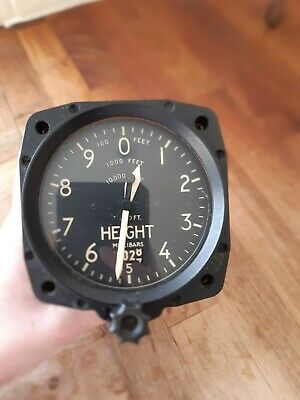 Vintage SMITHS Aircraft Sensitive Altimeter Serial No AB342