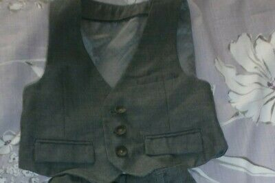"""Childs Boy Marks & Spencers Grey Waist Coat  age 12-18 months height 32.5"""""""