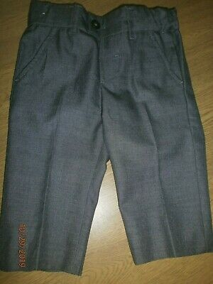 """Childs Boy Marks & Spencers Grey Trousers  age 3-4 years waist 21""""Height 41"""""""
