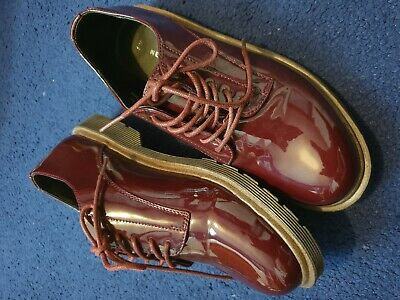 New Look Size 5 Shoes Dark Wine colour laces  NEW!!