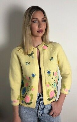 Vintage Hand Embroidered Handknit Cardigan Floral 100% Wool 50,s