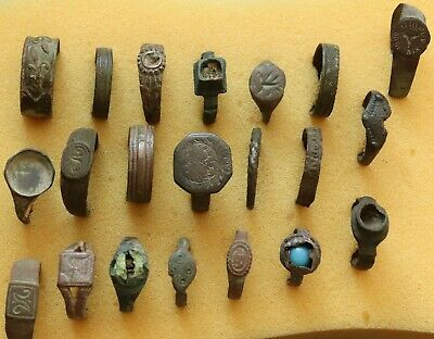 JOB LOT OF 21 AUTHENTIC MEDIEVAL BRONZE RINGS (lot11)