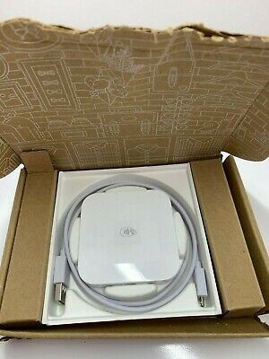 Square Reader Contactless + chip credit card reader Model S8