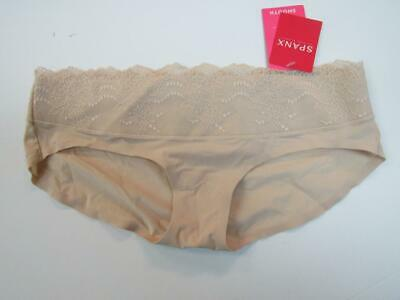"(SPANX by SARA BLAKELY NUDE ""UNDIE-TECTABLE"" LACE WAIST HIPSTER PANTY sz M)"