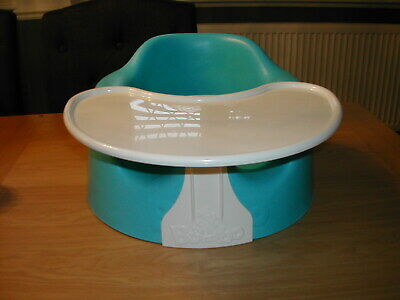 Bumbo seat with tray in excellent condition