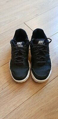 Nike  Trainers Uk Size 3 Black And White City Court
