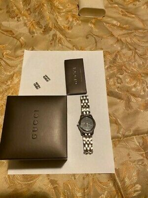 Gucci 5500 XL Black Dial Stainless Steel Men's watch with date New Battery