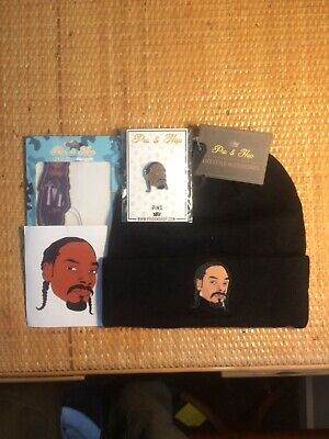 Snoop Dogg Beanie+Pin+Air Freshener Pack+Sticker.