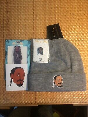 Grey Snoop Dogg Beanie+Pin+Air Freshener Pack+Sticker.
