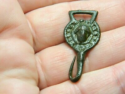 Medieval / Tudor bronze clothes fastener / hook  Metal detecting detector