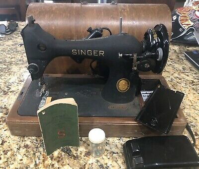 1952 Singer Model 128-portable electric sewing machine w/case & crinkle finish!