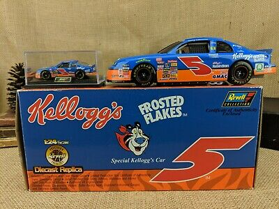 Revell 1998 NASCAR Terry Labonte #5 Kellogg's Car 1:24 Scale Die-Cast Model Bank