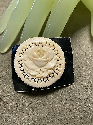 """Vintage 1 3/4"""" Hand Carved Round Floral Brooch Pin - Republic of China    W"""