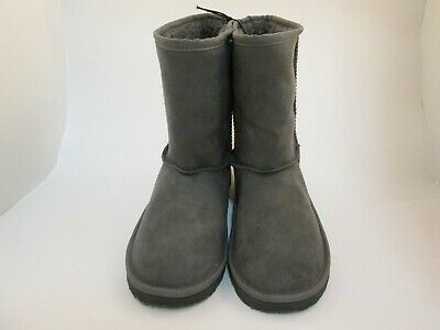 Faded Glory Girl's Shearling Lug Sole Boot size 4,Grey
