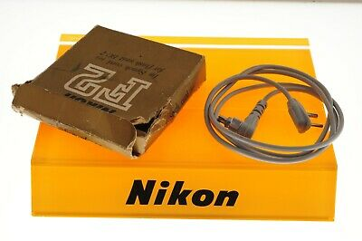 Nikon F2 1m sync cord for flash unit BC-7. Rare boxed EXC++ condition.