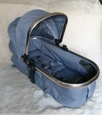 Mothercare Orb Carrycot/Seat Unit in Grey with Hood and Straps