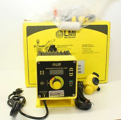 LMI C921-460SI Chemical Metering Pump C Series New In Box w/ Everything Pictured