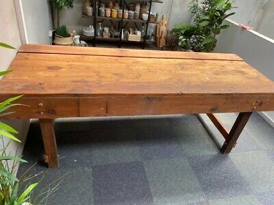 Vintage Industrial Oregon Timber Workbench - IMMACULATE - ONLY 399$!!