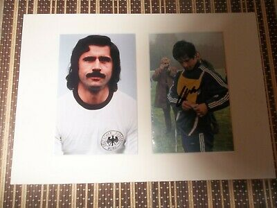 Gerd Muller, Footballer, ORIGINAL SIGNED card matted with  Photo