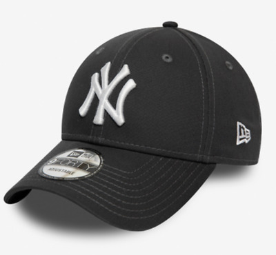 New Era Men's MLB New York Yankees League Essential Grey & White 9FORTY  Cap