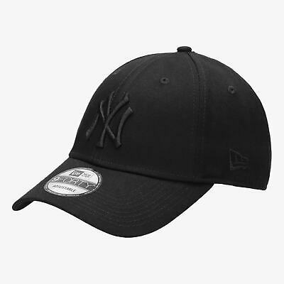 New Era Men's MLB New York Yankees League Essential Blackout 9FORTY Cap