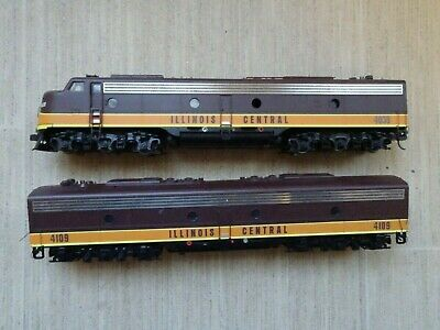 Life-like Proto 2000 Diesel loco A & B units DCC fitted for HO model railroad