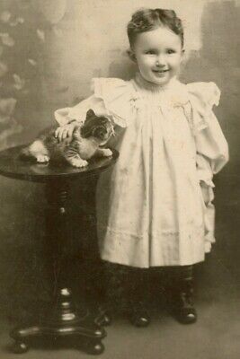 Child And Kitten Cat  Cabinet Card Photo