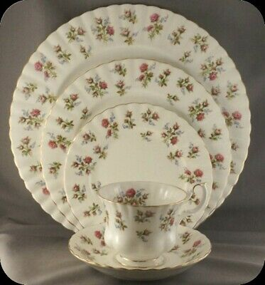 Royal Albert Winsome Five Piece Place Setting (2 available)