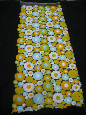 Vintage 1960s Beautiful FLOCKED  FABRIC Daisy Flowers