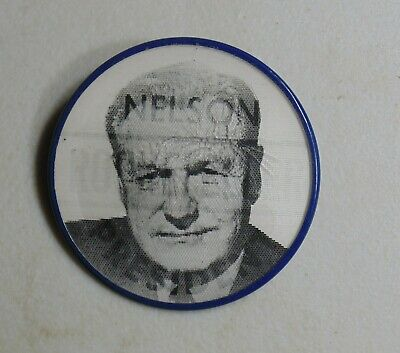 Nelson Rockefeller 1968 flasher campaign pin button political