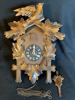 West German Cold War Carved Schmeckenbecher Cuckoo Clock COMPLETE & NO RESERVE!