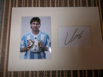 Lionel Messi, Footballer, ORIGINAL SIGNED card matted with  Photo