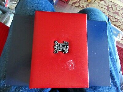 1984 The Royal Mint United Kingdom UK 8 Coin Proof Set Red Leather Case