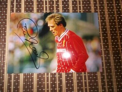 SALE Phil Neal,  Footballer, ORIGINAL HAND SIGNED 6 X 4 PHOTO