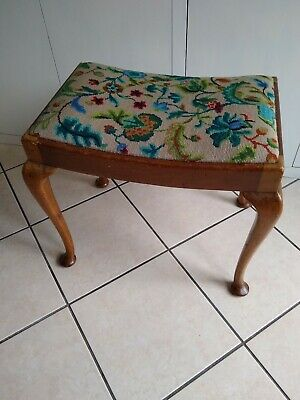 Vintage Penelope tapestry/embroidery/stool/Seat/Dressing Table/Piano Seat