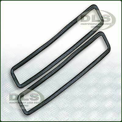 Bulkhead Vent Seal Set (Pair) Land Rover Series 3 (MUC4299)