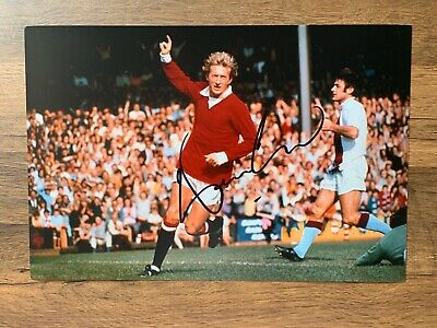 DENIS LAW - Hand Signed 12x8 Photo - Manchester United Scotland - Football