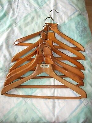 6 x VINTAGE WOODEN COAT CLOTHES HANGERS HEAVY DUTY RETRO 17 inches wide