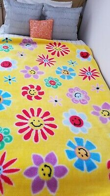 Rebecca Falutz Vintage Luxure Baby Soft Blanket In Exelent Condition 50*60 Inc